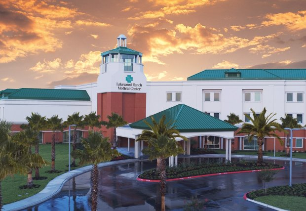 Lakewood Ranch Medical Center Hosts Grand Opening Celebration and Ribbon Cutting